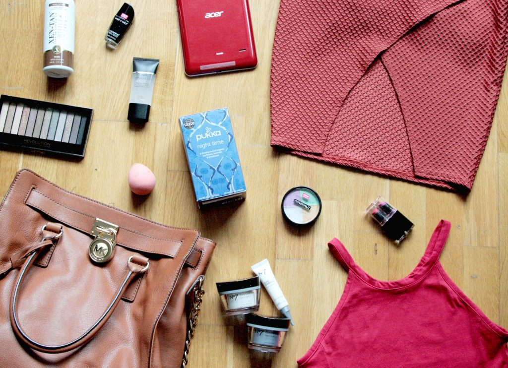 Manchester based fashion and lifestyle blog. may makeup and faves. makeup revolution, wet n wild, no7, xen tan, smashbox, missguided, michael kors, miss selfridge, pukka tea, acer tablet.
