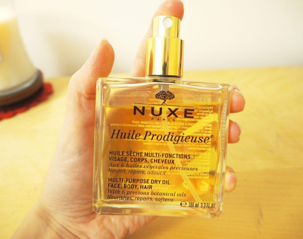 Nuxe Huile Prodigieuse - multipurpose dry oil for face, body and hair. lifestyle and fashion blogger review.
