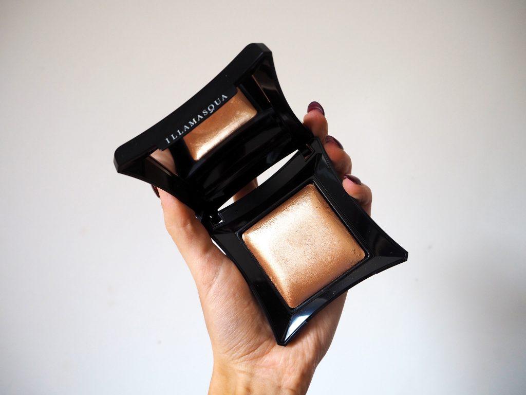 Illamasqua Beyond Powder - Makeup Highlighter Product Review