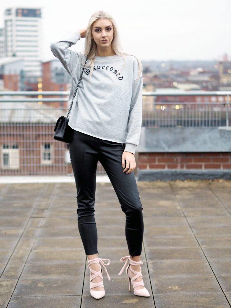 Laura Kate Lucas - Manchester Fashion and Lifestyle Blogger | Sammydress Sweater Series Overdressed