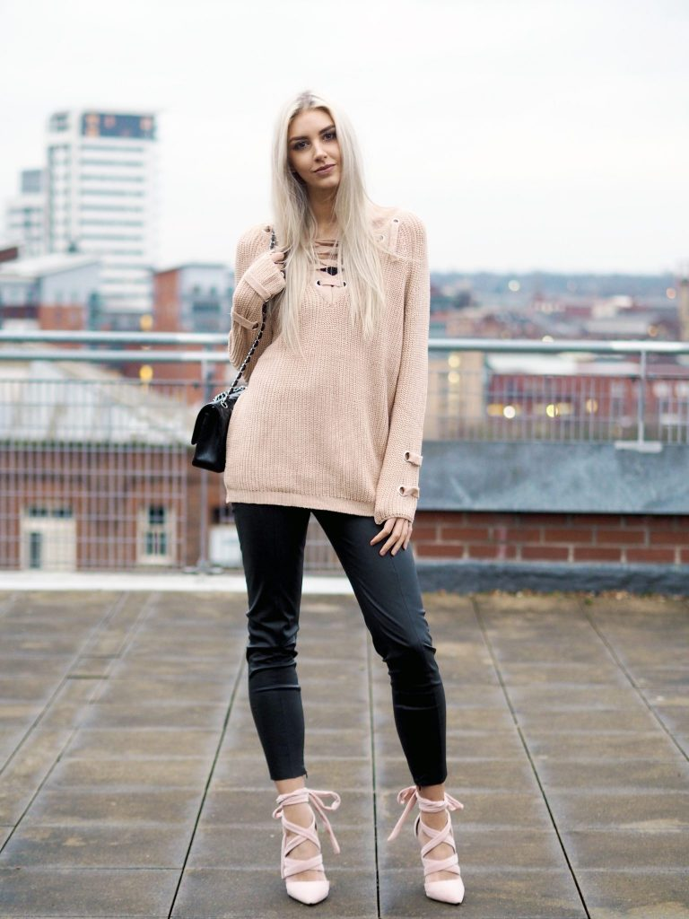 Laura Kate Lucas - Manchester Fashion and Lifestyle Blogger | Sammydress Sweater Series Lace Up