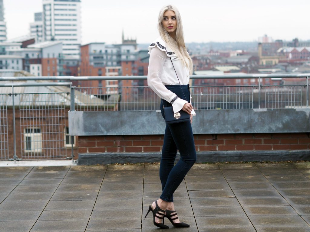 Laura Kate Lucas - Manchester fashion and lifestyle blogger - Outfit post featuring Dezzal