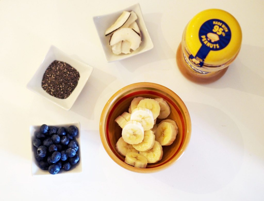 Laura Kate Lucas - Manchester Fashion, Lifestyle and Health Blogger | Sambazon Acai Bowl Recipe