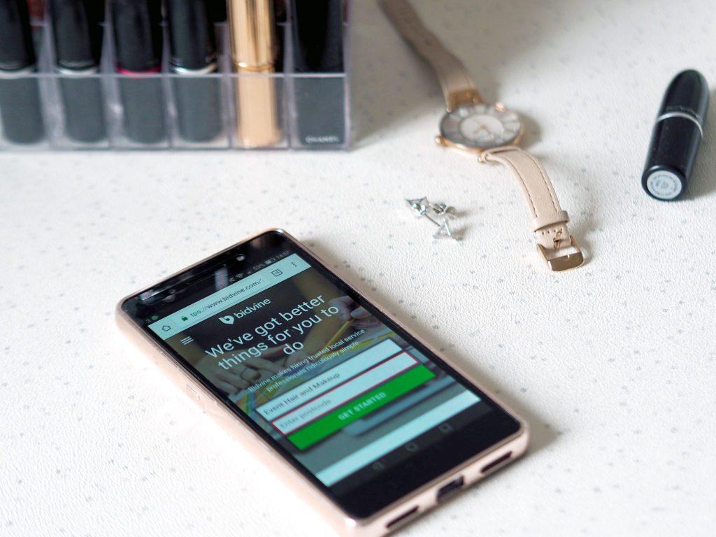 Laura Kate Lucas - Manchester Fashion and Lifestyle Blogger | Bidvine App Review