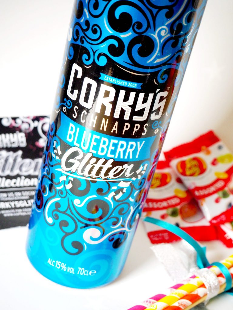Laura Kate Lucas - Manchester Fashion and Lifestyle Blogger | Corkys Glitter Schnapps Product Review and Cocktail Recipe
