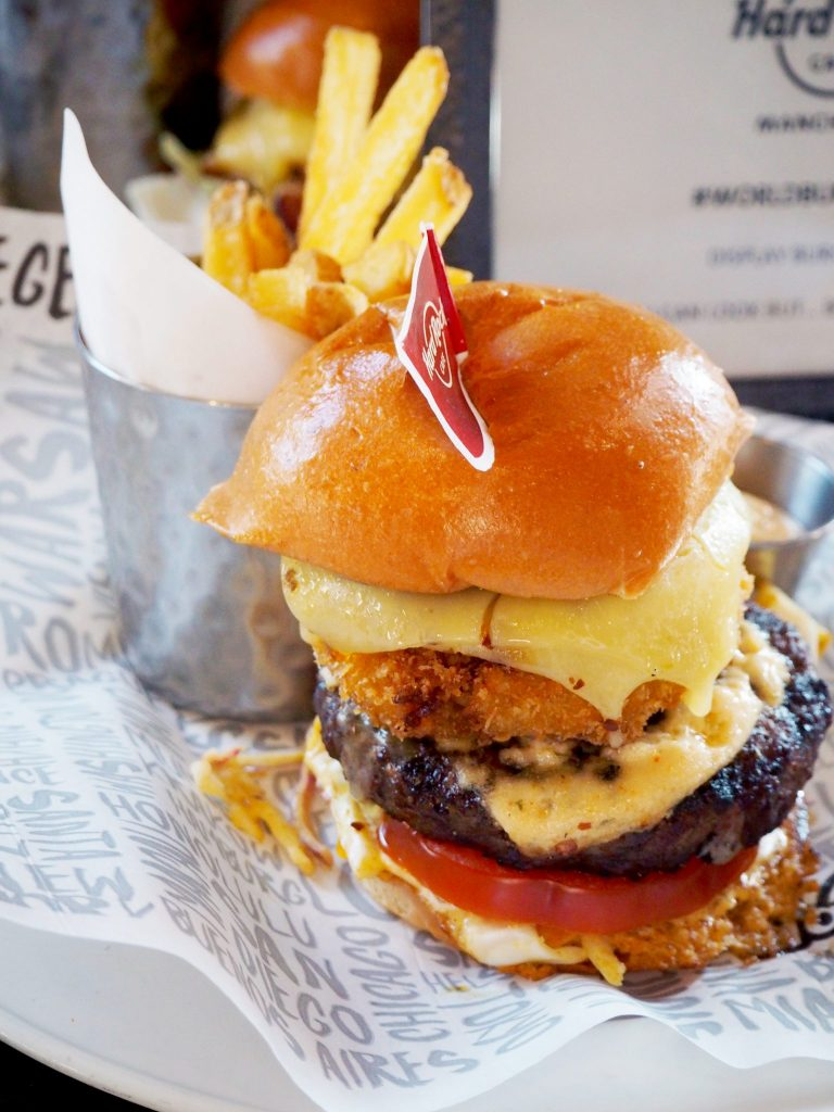 Laura Kate Lucas - Manchester Fashion and Lifestyle Blogger | Hard Rock Cafe World Burger Tour 2017