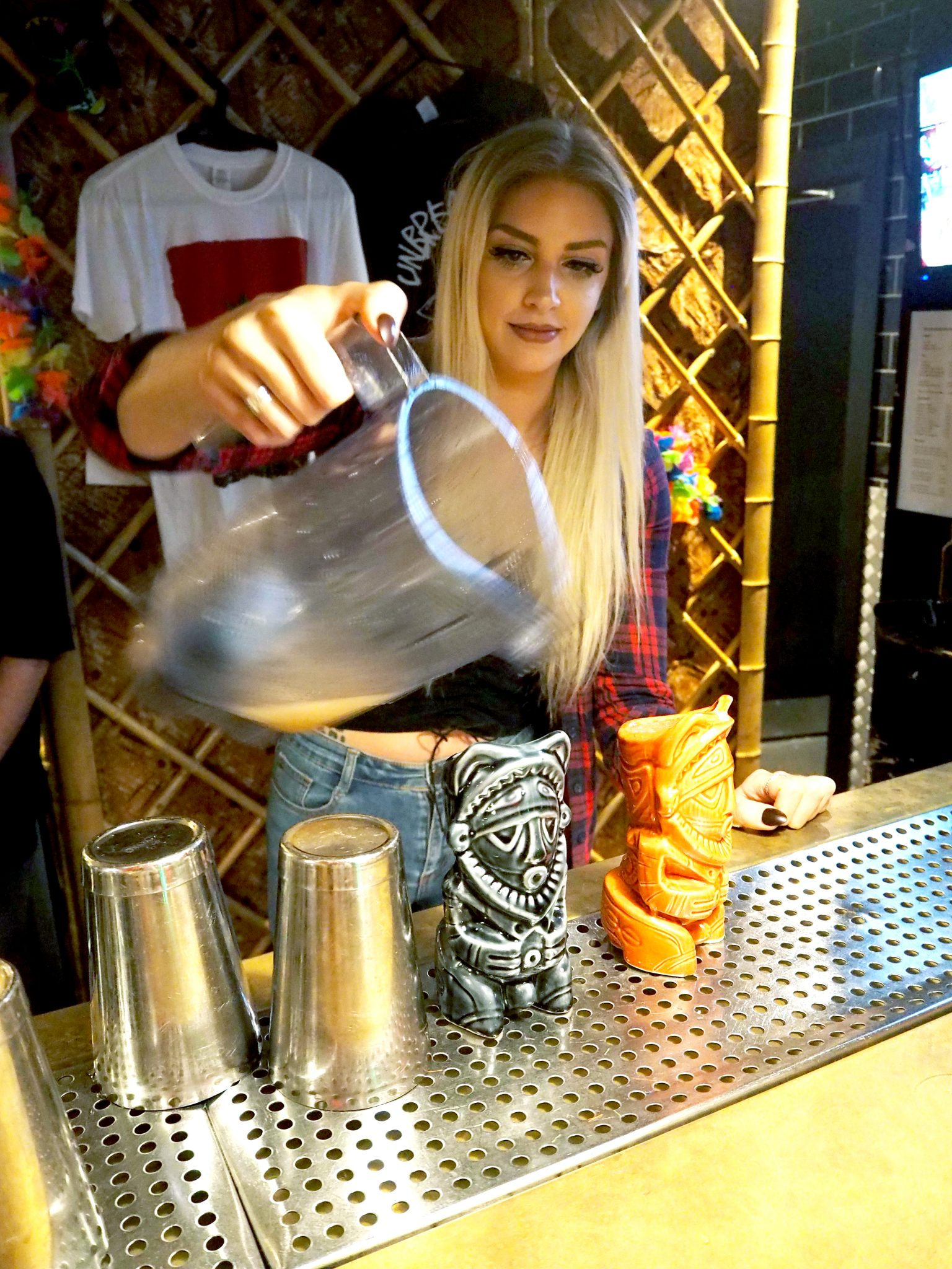 Laura Kate Lucas - Manchester Fashion, Food and Fitness - Lifestyle Blogger | Liar's Club Cocktail Bar Masterclass and New Menu