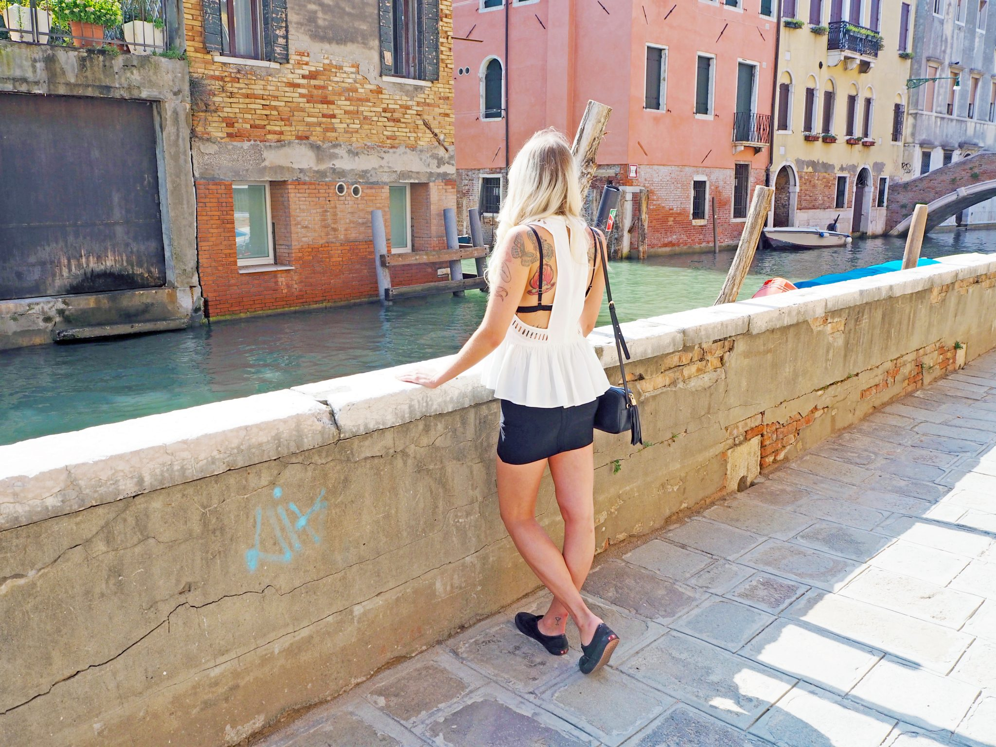 Laura Kate Lucas - Manchester Fashion, Travel and Lifestyle Blogger   Venice Outfit White Detail Top