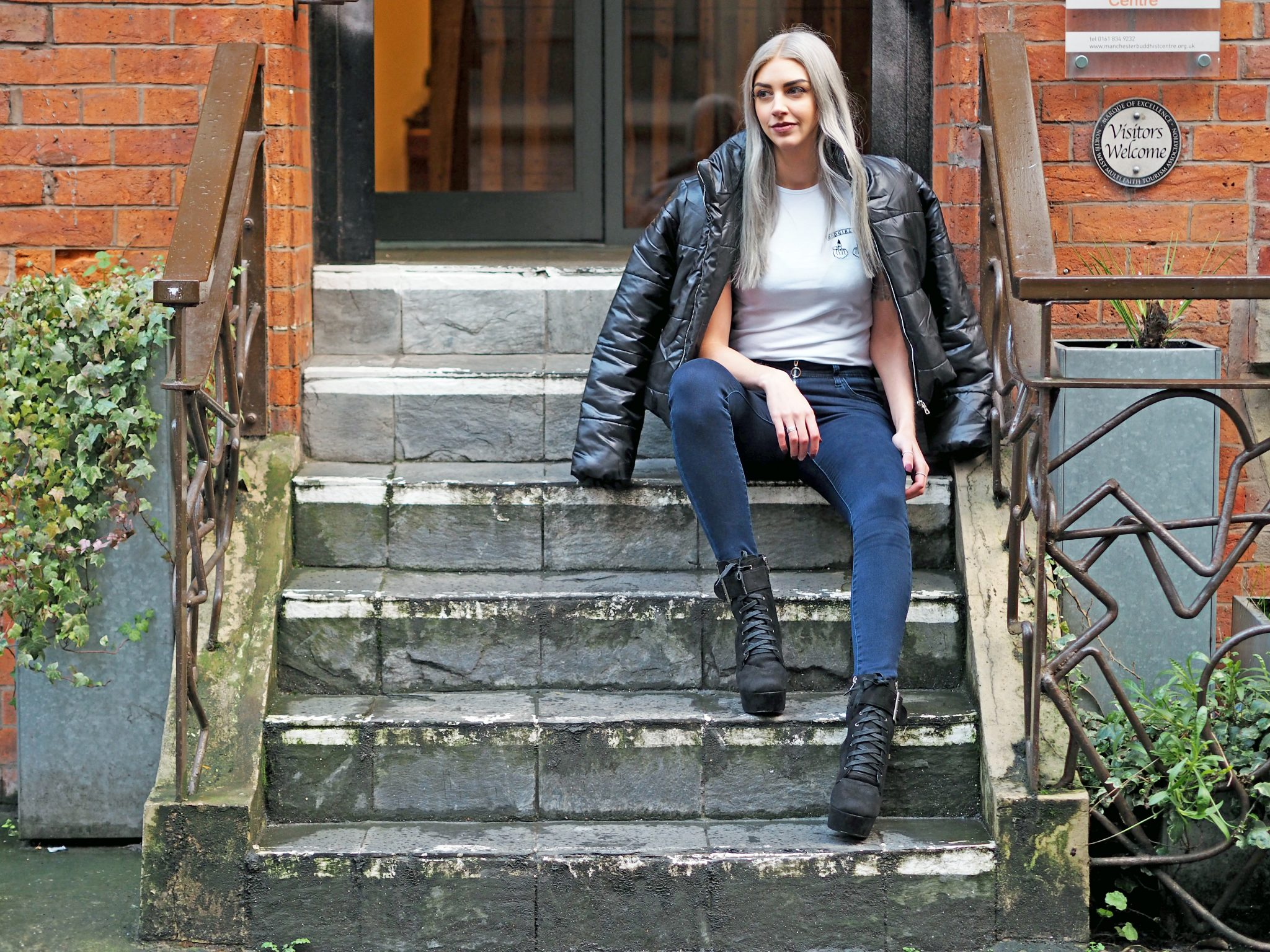 Laura Kate Lucas - Manchester Fashion, Lifestyle and Beauty Blogger | Lasula Outfit - Bad Girls Club Tee, Boots and Cropped Puffer Jacket