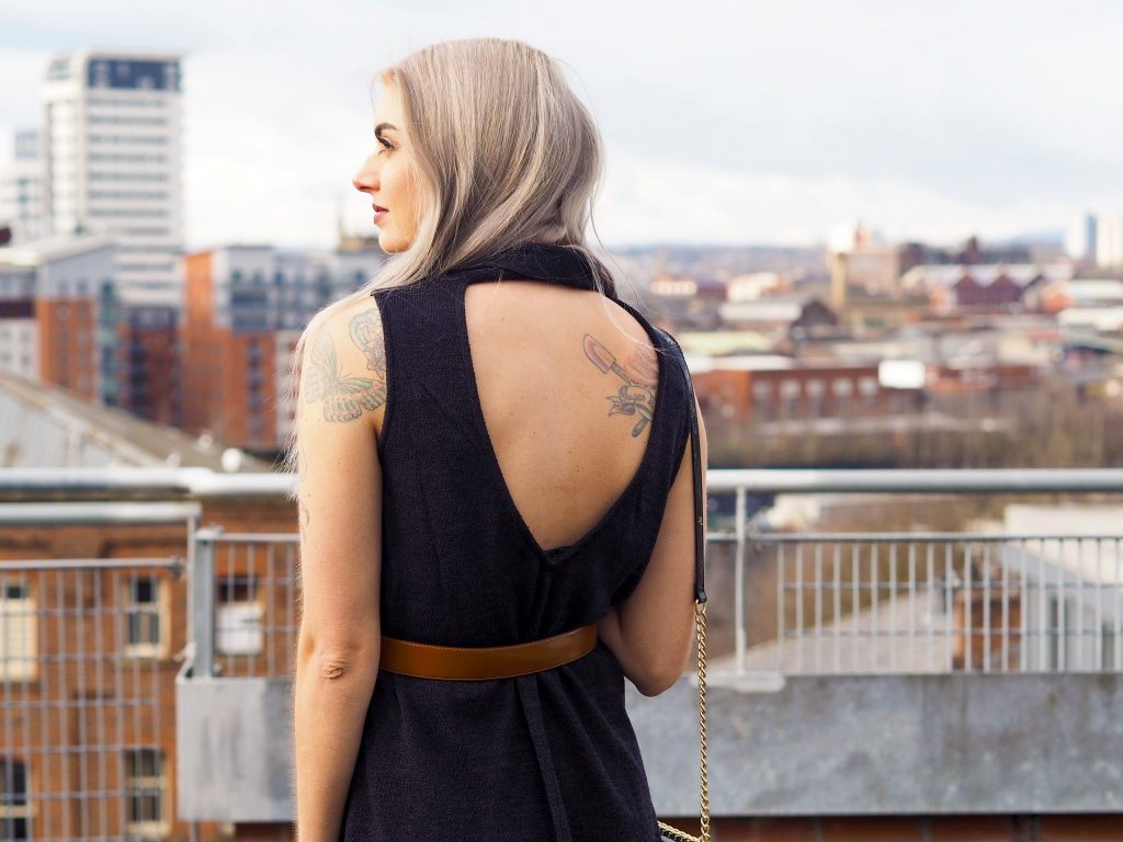Laura Kate Lucas - Manchester Fashion, Lifestyle and Style Blogger | Tobi Collaboration High Neck Shift Dress Outfit