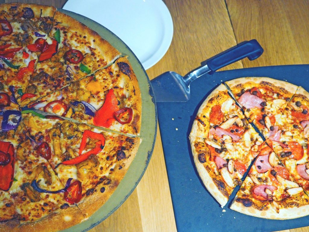 Laura Kate Lucas - Manchester Food, Fashion and Travel Blogger | Pizza Hut Menu Review