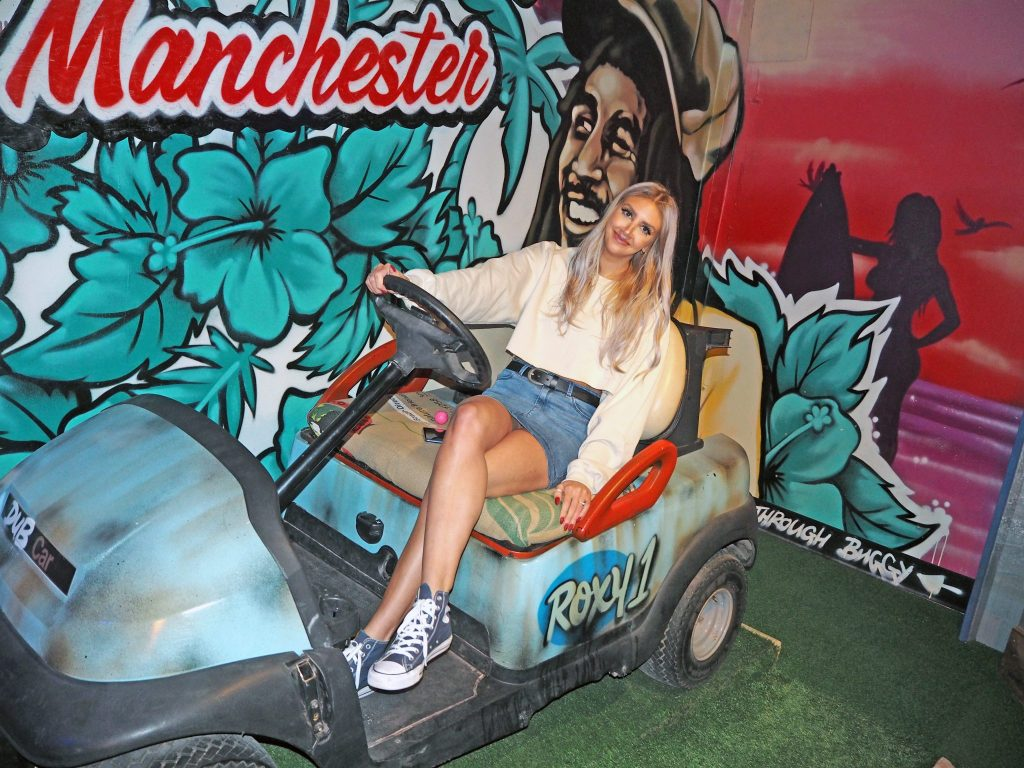 Laura Kate Lucas - Manchester Lifestyle, Fashion and Travel Blogger | Roxy Ballroom Mini Golf and Menu Review