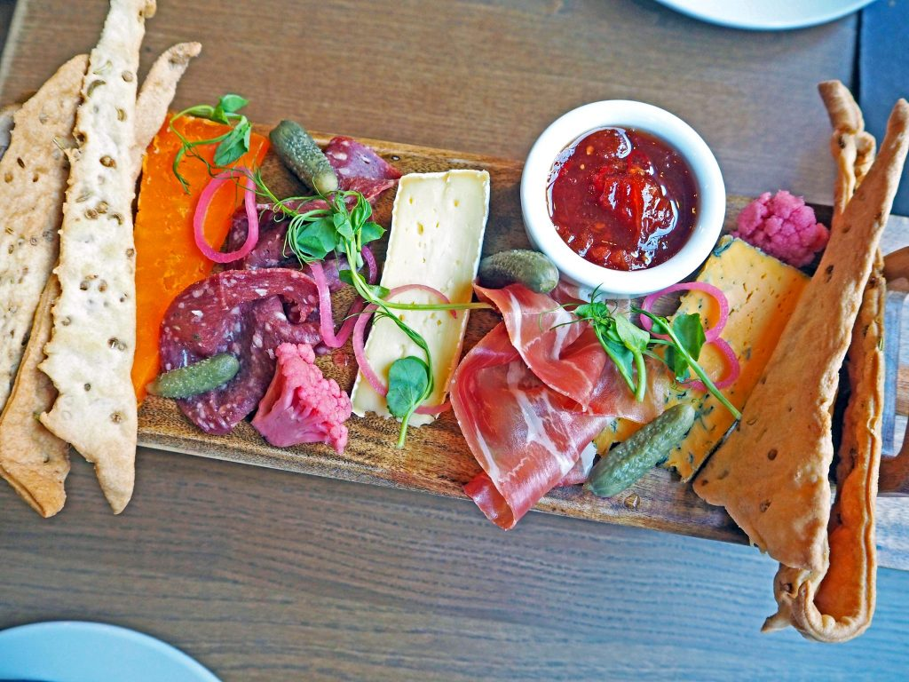 Laura Kate Lucas - Manchester Food, Fashion and Lifestyle Blogger | Blue Pig New Menu Review