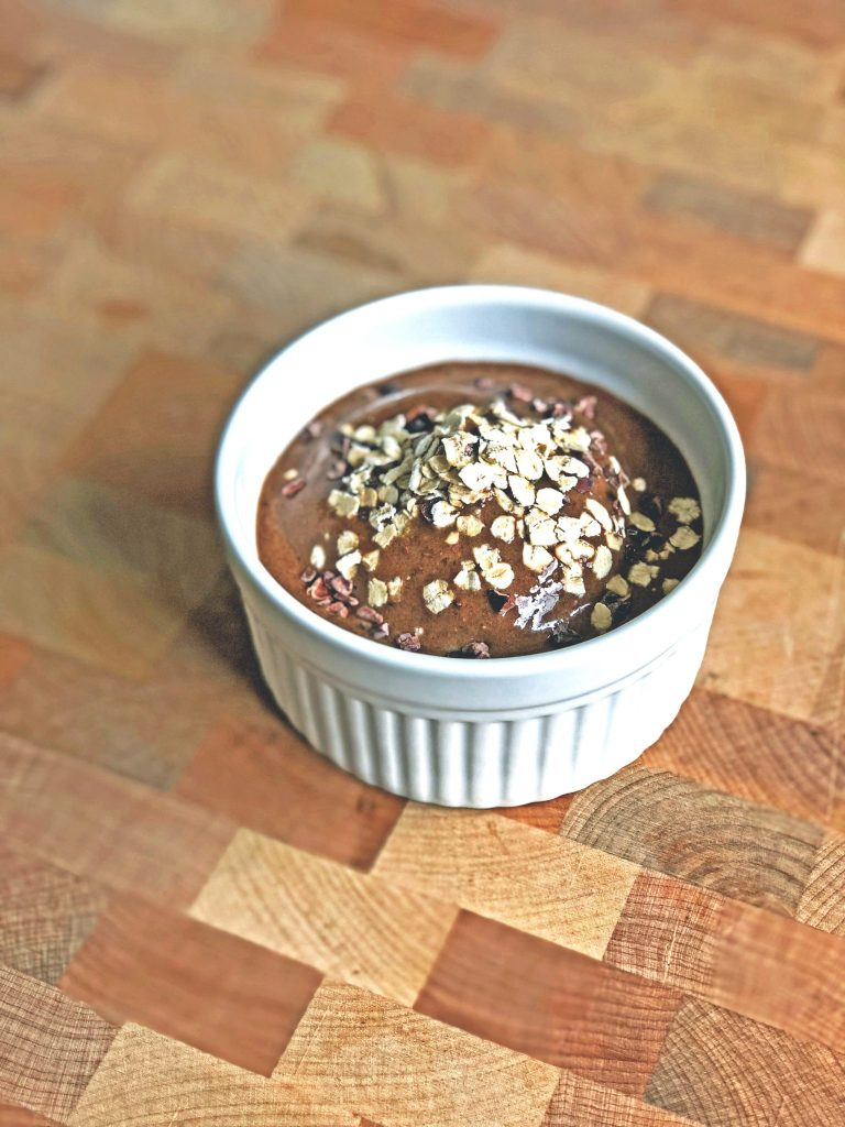 Laura Kate Lucas - Manchester Fashion, Food and Lifestyle Blogger | Iced Coffee Smoothie Bowl Recipe - Thrive Cuisine Guest Post