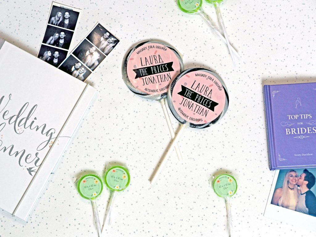 Laura Kate Lucas - Manchester Fashion, Lifestyle and Wedding Blogger | Holly's Lollies Wedding Favour Treat Review