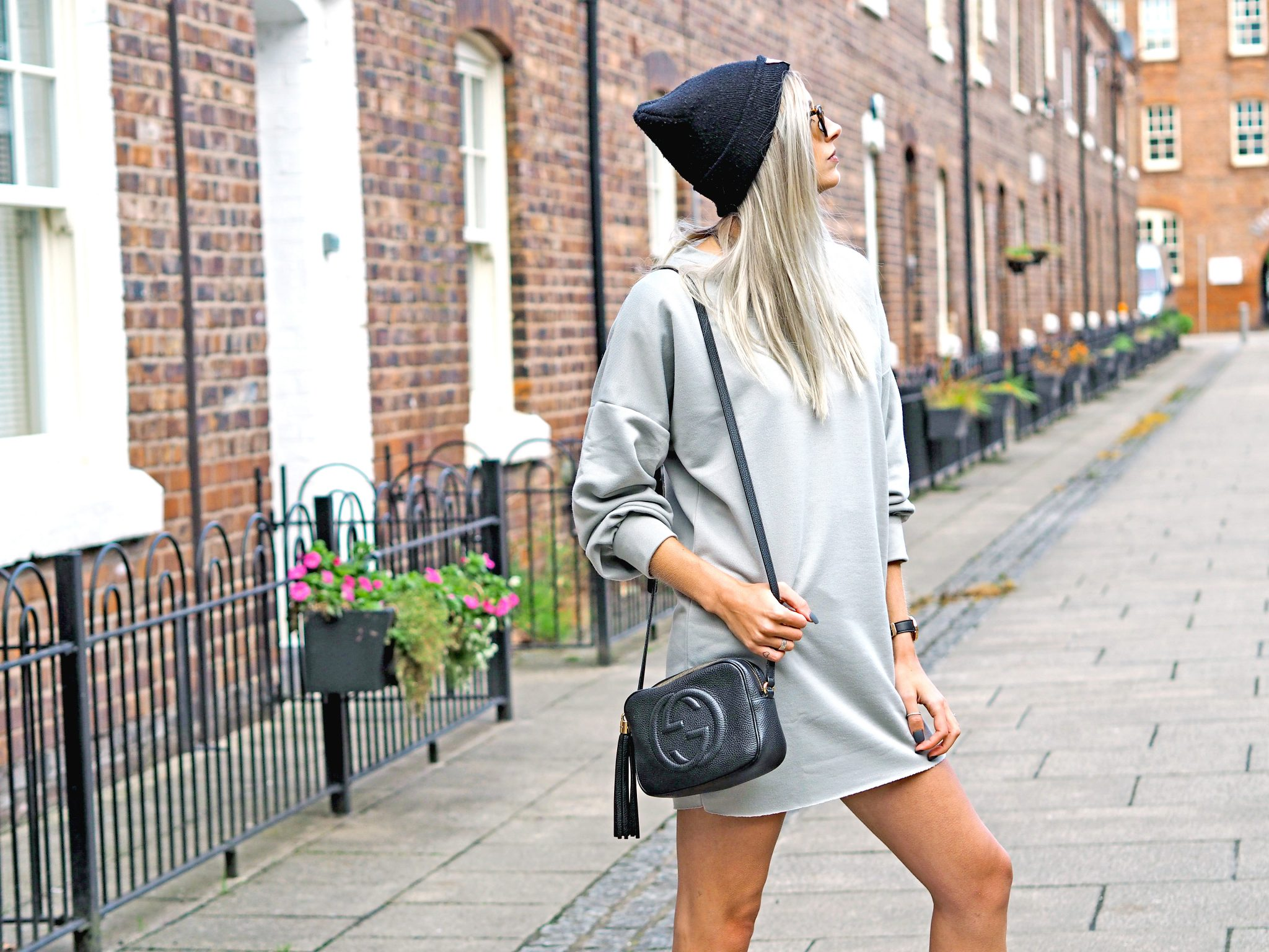Laura Kate Lucas - Manchester Fashion, Lifestyle and Travel Blogger | Boohoo Sweater Dress - Styling Dresses for Winter Tips