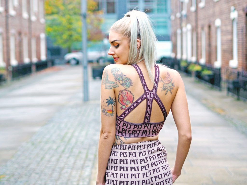 Laura Kate Lucas - Manchester Fashion, Fitness and Travel Blogger   Pretty Little Thing Activewear Logo Joggers and Cropped Hoodie Co-ord