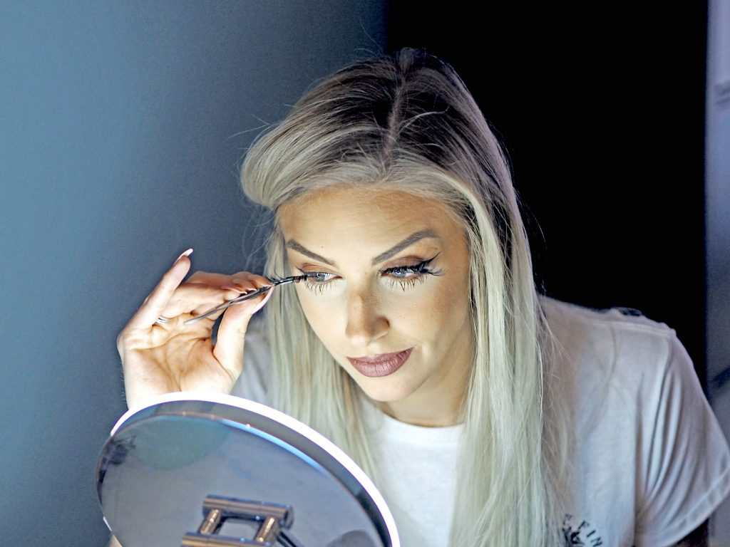 Laura Kate Lucas - Manchester Fashion, Beauty and Travel Blogger   falseeyelsahes.co.uk - Land of Lashes Review