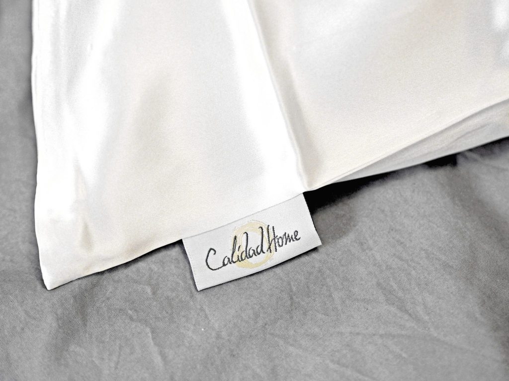 Laura Kate Lucas - Manchester Fashion, Lifestyle and Travel Blogger   Calidad Home Silk Pillow Case Review