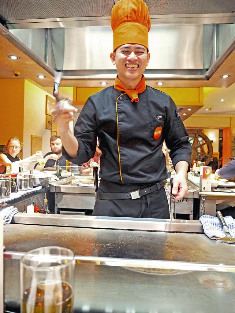 Laura Kate Lucas - Manchester Fashion, Food and Travel Blogger | Sapporo Teppanyaki Restaurant Review