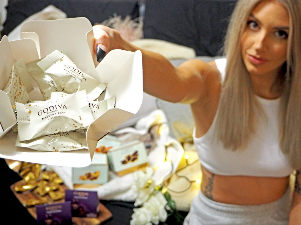 Laura Kate Lucas - Manchester Fashion, Food and Home Blogger   Godiva Gift Inspiration - Wonder Awaits