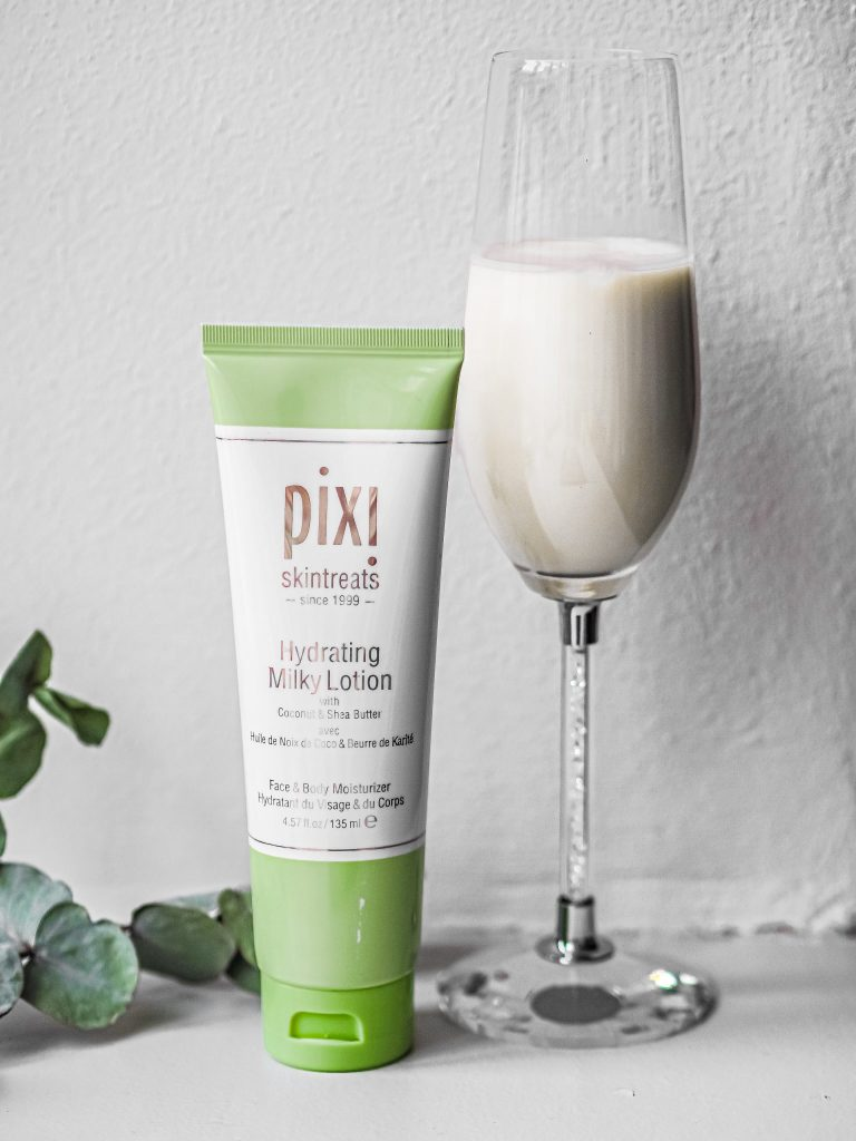 Laura Kate Lucas - Manchester Fashion, Beauty and Lifestyle Blogger | Pixi Skintreats Hydrating Milky Collection Review