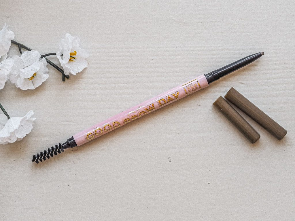 Laura Kate Lucas - Manchester Fashion, Beauty and Lifestyle Blogger | The Beauty Crop - Good Brow Day Product Review