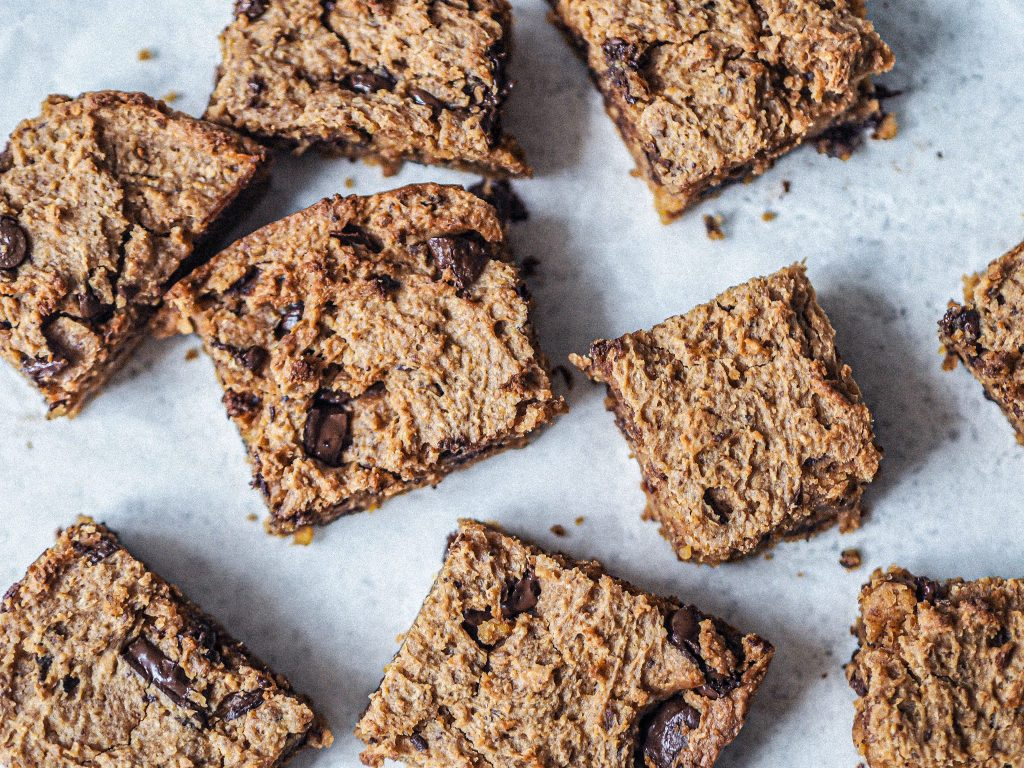 Laura Kate Lucas - Manchester Fashion, Food and Lifestyle Blogger   Healthy Choc Chip Blondies - Recipe