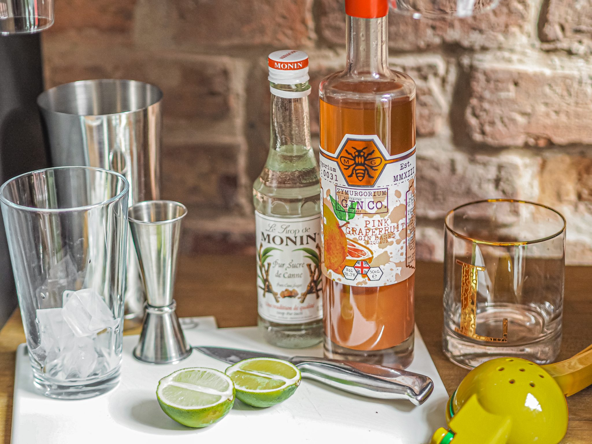 Laura Kate Lucas - Manchester Fashion, Food and Drink Blogger | Zymurgorium Gin Cokctail Class