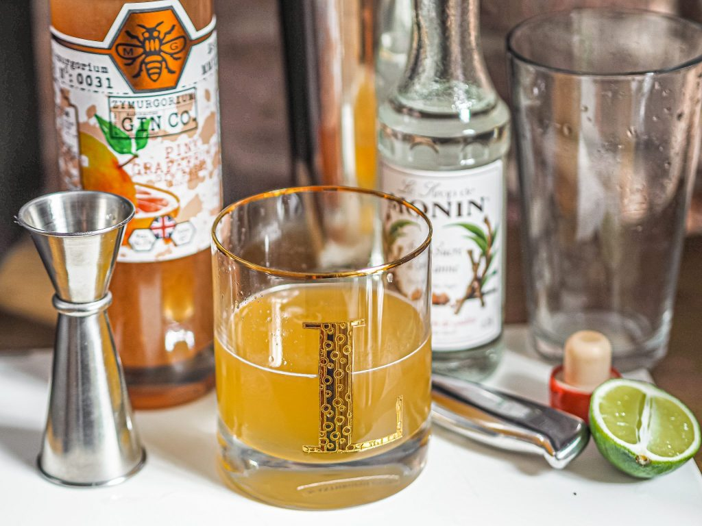 Laura Kate Lucas - Manchester Fashion, Food and Drink Blogger | Zymurgorium Gin Cocktail Class