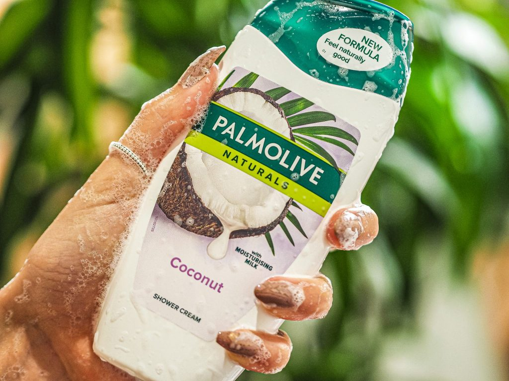 Laura Kate Lucas - Manchester Fashion, Lifestyle and Beauty Blogger   Palmolive Naturals Coconut Shower Milk