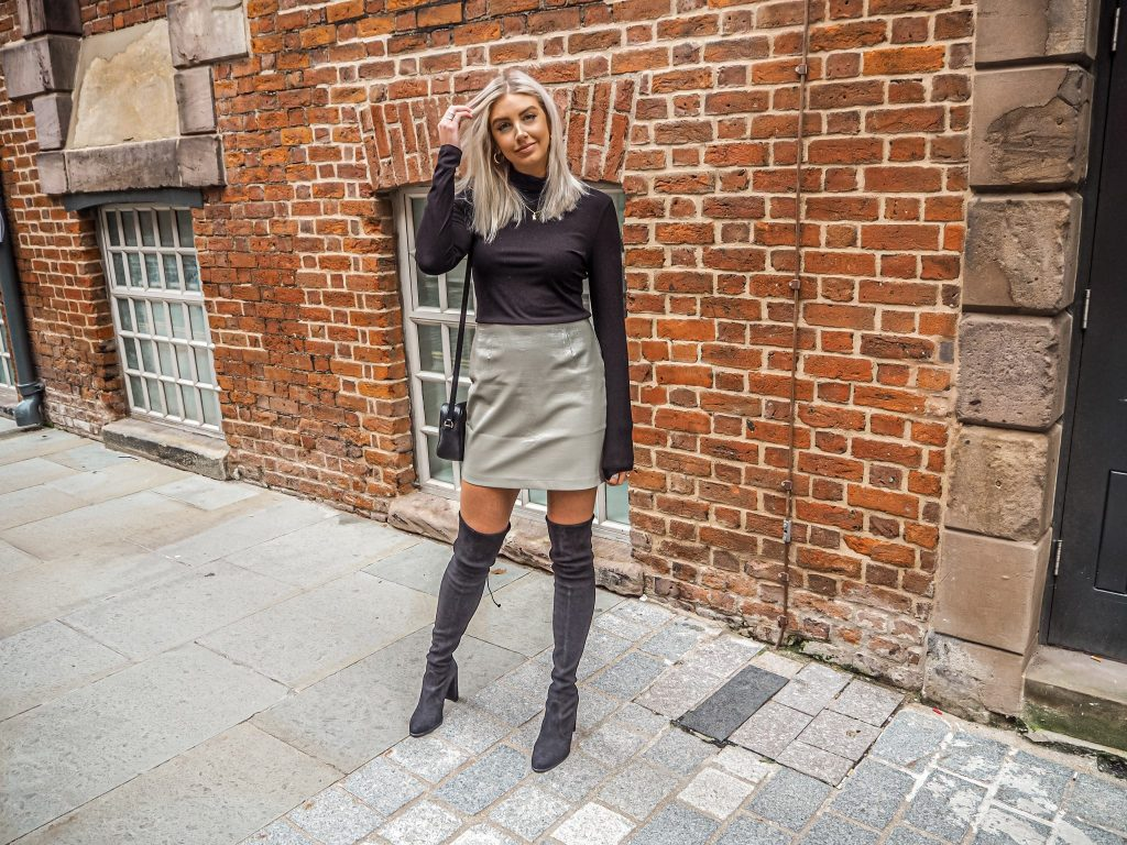 Laura Kate Lucas - Manchester Fashion, Lifestyle and Food Blogger | Katch Me Winter Trends - PU Croc Mini Skirt