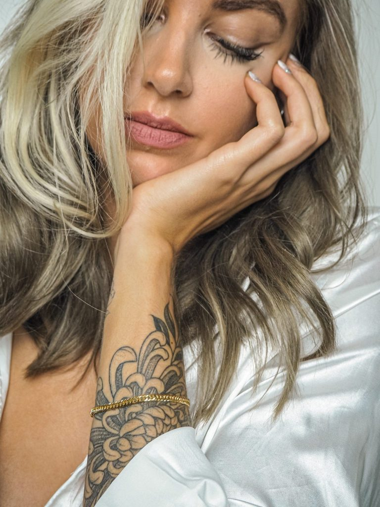 Laura Kate Lucas - Manchester Fashion, Beauty and Lifestyle Blogger   Mejuri Jewellery Gold Bracelet