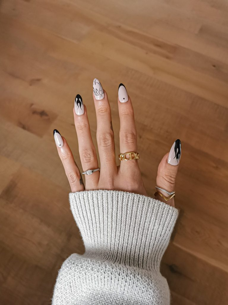 Laura Kate Lucas - Manchester Fashion, Beauty and Lifestyle Blogger | Acrylic Nails at Home by Jennifer Marie