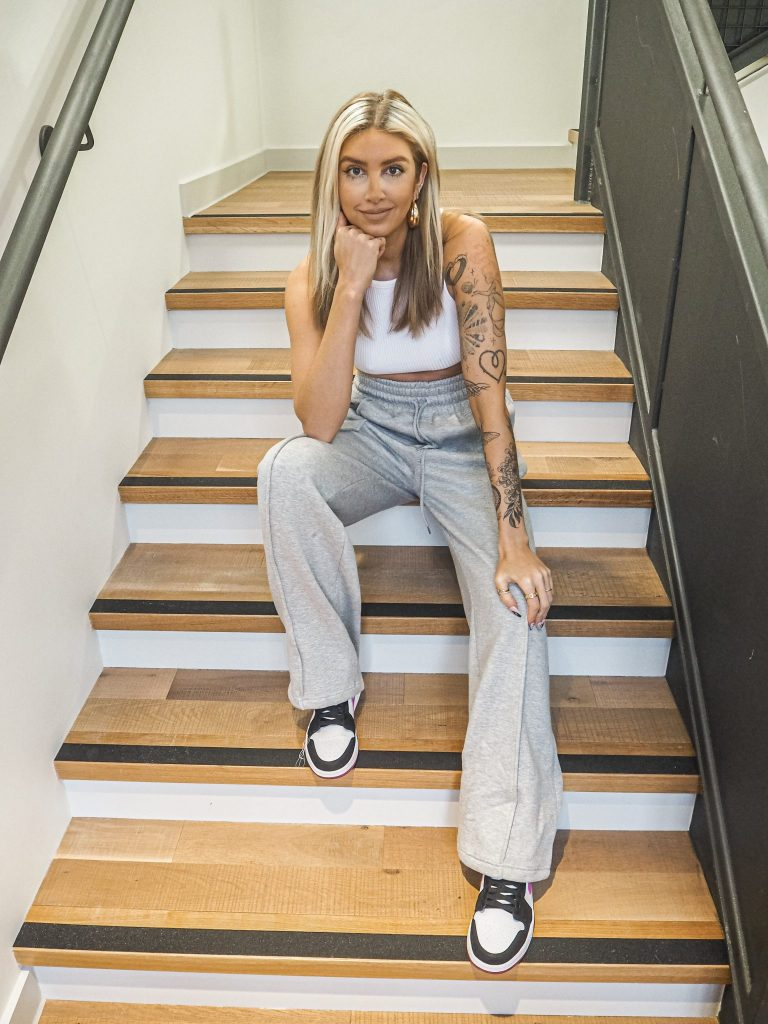 Laura Kate Lucas - Manchester Fashion, Food and Lifestyle Blogger | Wide Leg Joggers - Katch Me UK