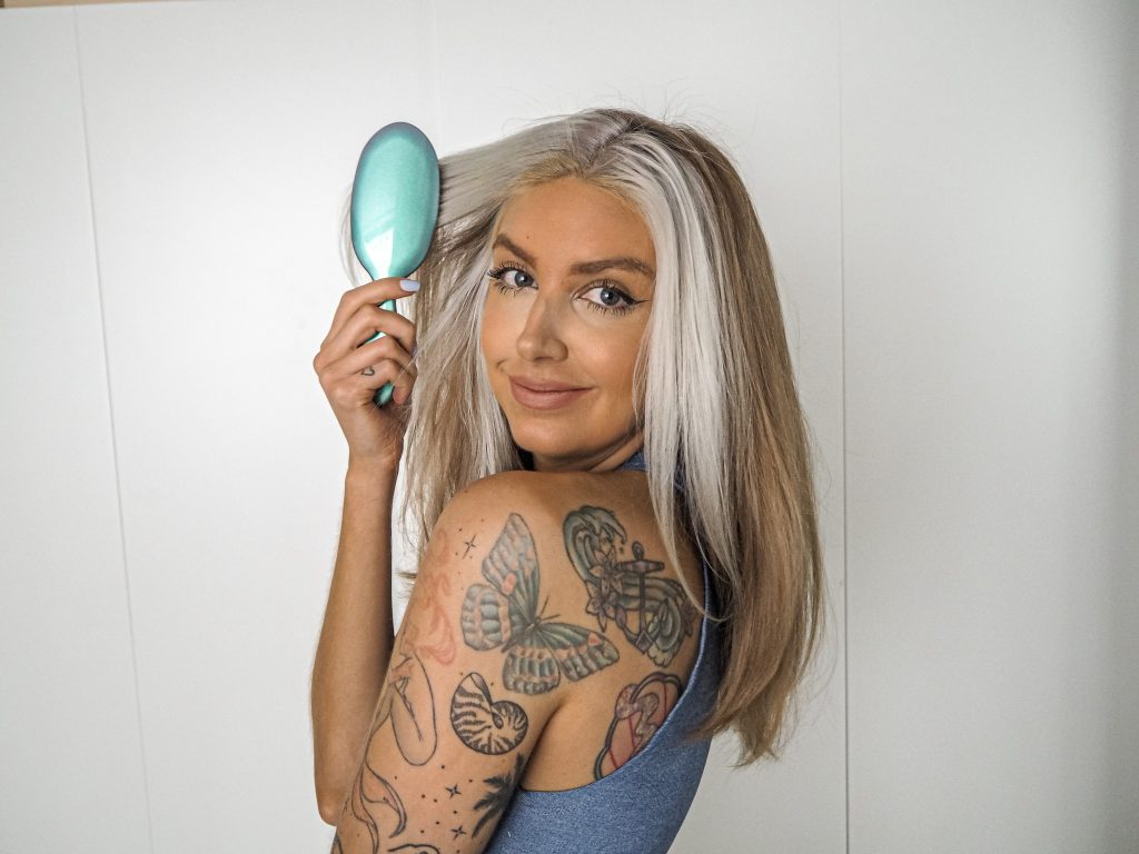 Laura Kate Lucas - Manchester Fashion, Lifestyle and Beauty Blogger | Rock & Ruddle Hairbrush Review International Women's Day