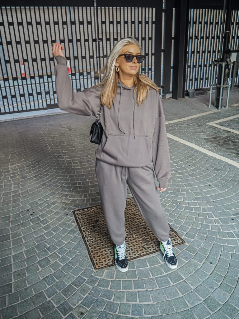 Laura Kate Lucas - Manchester Fashion and Lifestyle Influencer | Femme Luxe Jogger Hoodie Co-ord Outfit