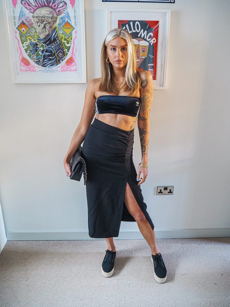 Laura Kate Lucas - Manchester Fashion, Beauty and Lifestyle Blogger | Everything Five Pounds Black Skirt