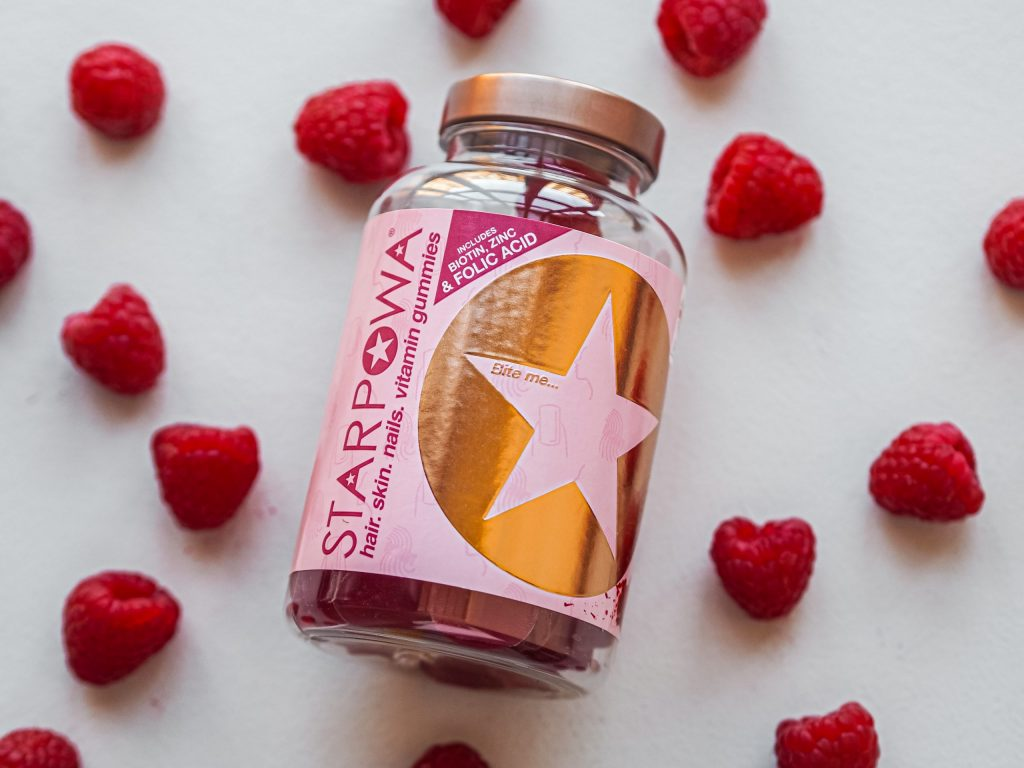 Laura Kate Lucas - Manchester Health, Food and Beauty Blogger | Starpowa Hair Skin and Nail Gummies - Holland and Barrett