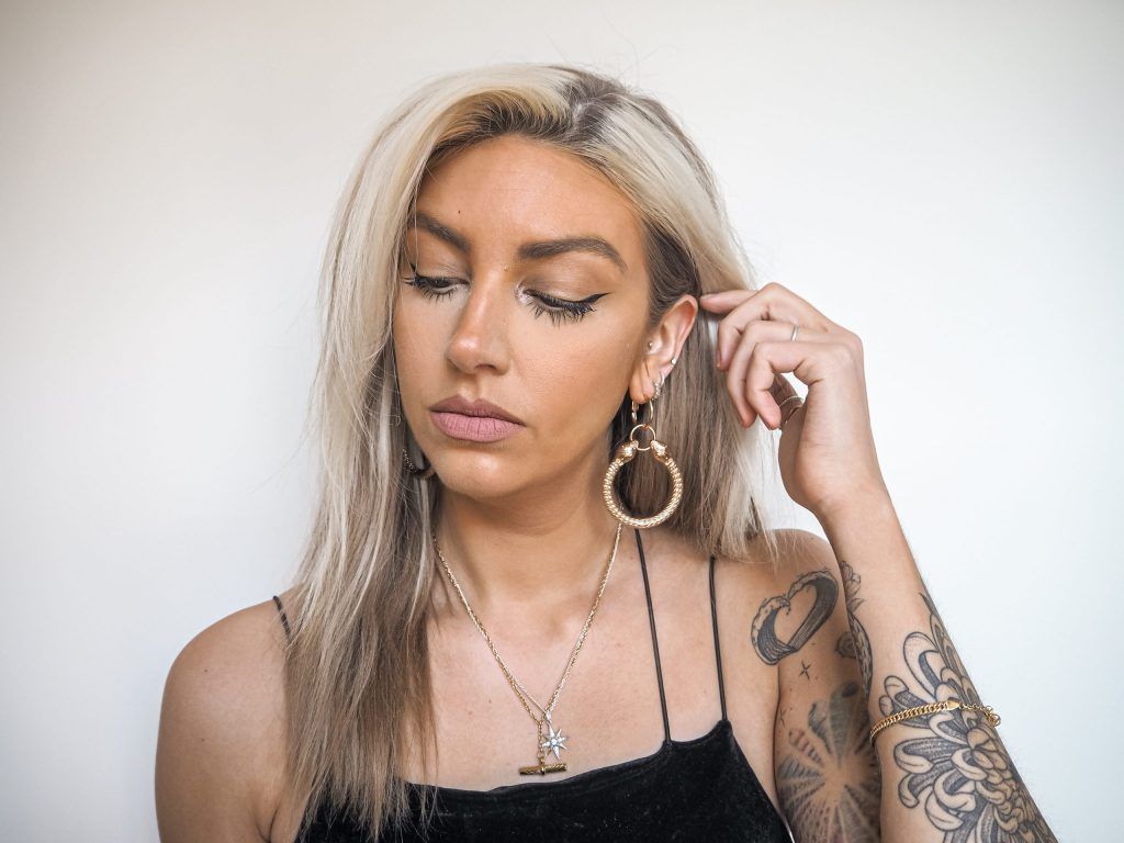 Laura Kate Lucas - Manchester Fashion, Beauty and Lifestyle Blogger | Kat Von D Good Apple Foundation Review