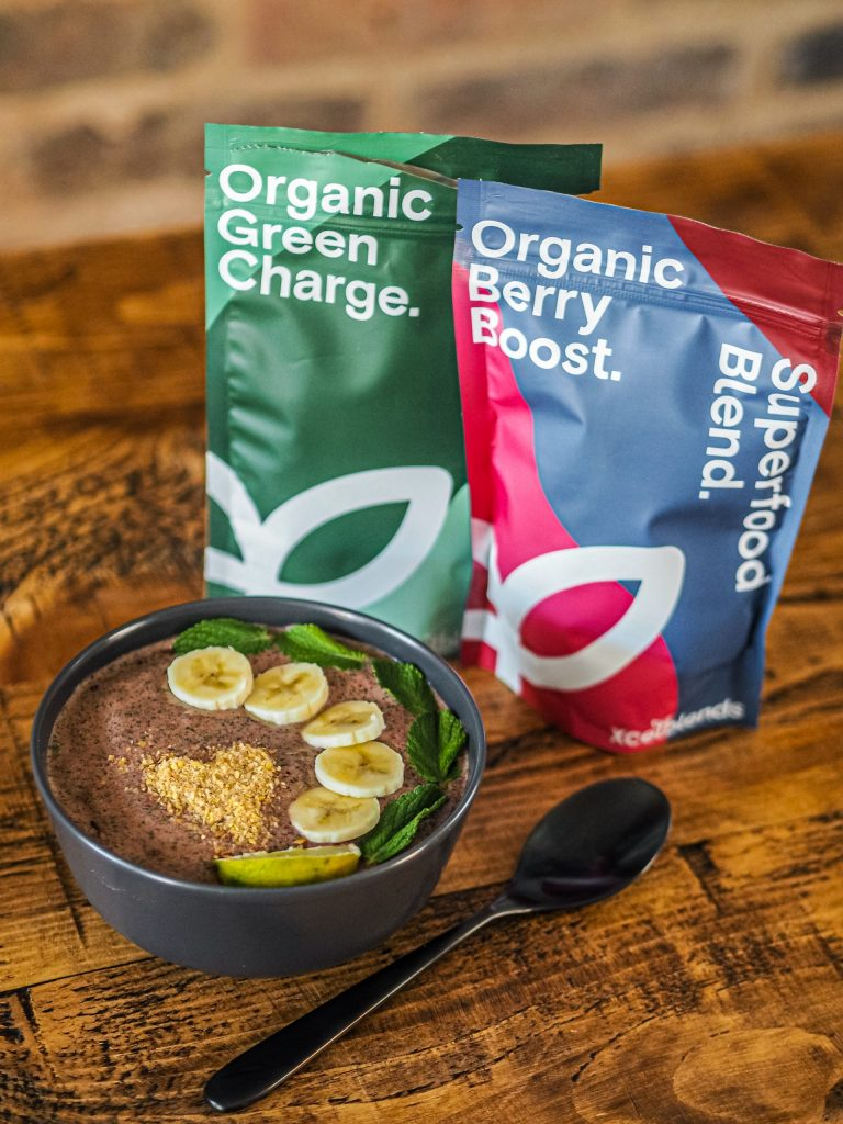 Laura Kate Lucas - Manchester Fashion, Food and Lifestyle Blogger | Healthxcel Superfood Blend Organic Green Charge Recipe