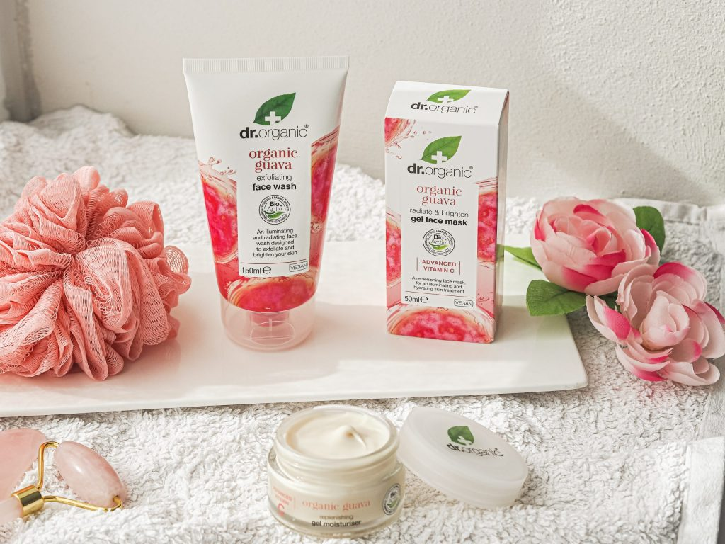 Laura Kate Lucas - Manchester Fashion, Health and Beauty Blogger | Dr. Organic Guava Range Review