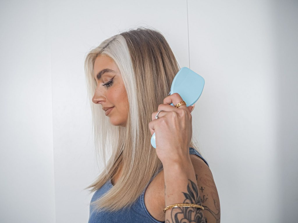 Laura Kate Lucas - Manchester Fashion, Beauty and Lifestyle Blogger | Tangle Teezer - The Wet Detangler and Detangling Spray