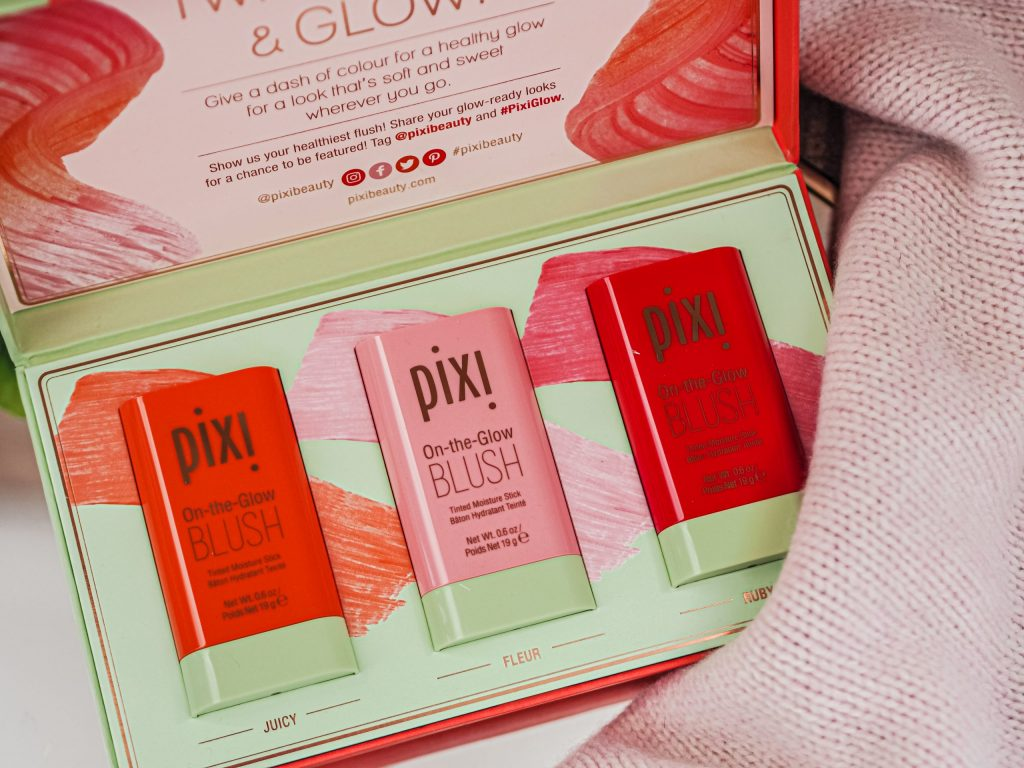 Laura Kate Lucas - Manchester Fashion, Beauty and Lifestyle Blogger | Pixi Beauty On the Glow Blush Review