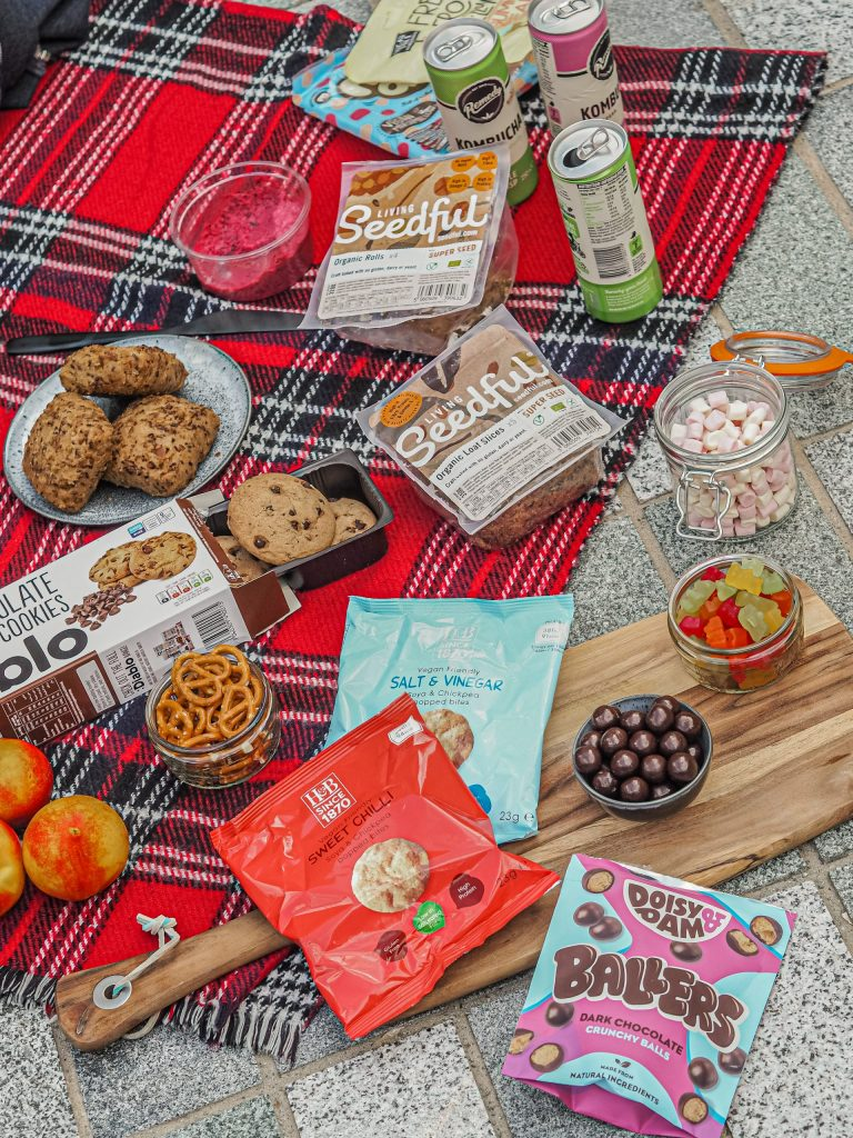 Laura Kate Lucas - Manchester Food, Fashion and Lifestyle Blogger | Healthy Picnic Essentials - Holland and Barrett