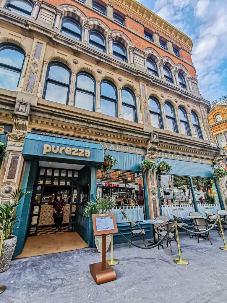 Laura Kate Lucas - Manchester Food, Fashion and Lifestyle Blogger | Purezza Vegan Pizza Restaurant Review