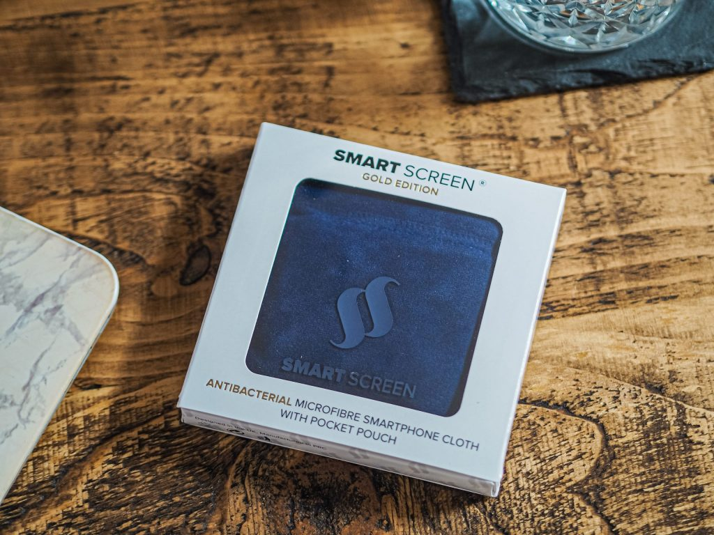 Laura Kate Lucas - Manchester Fashion, Lifestyle and Food Blogger   Smart Screen Gold Edition Microfibre Cloth